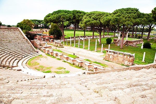 Ostia-Antica-Festival-–-Teatro-Romano-di-Ostia-Antica-–-Parco-Archeologico