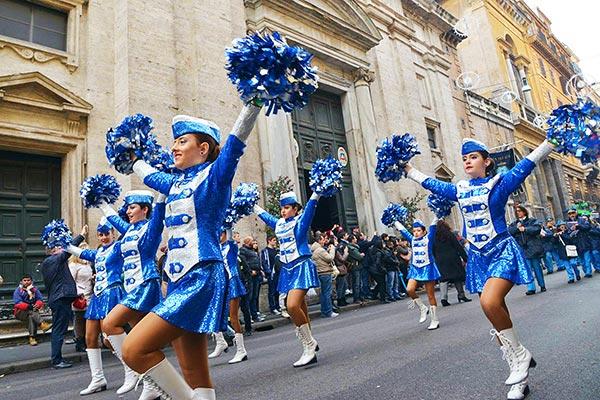 Rome-Parade-–-Piazza-del-Popolo-–-centro-storico
