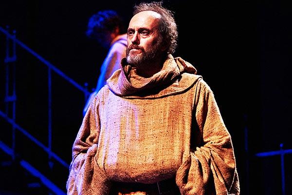 In-nome-della-rosa-Teatro-Argentina-Roma